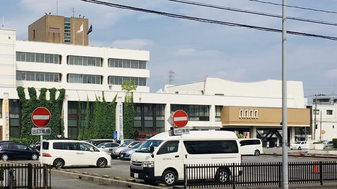 朝霞市役所駐車場